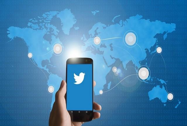 حذف توئیتهای تضعیف کننده انتخابات